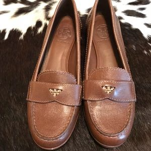 Tory Burch Rare Penny Loafers Size 6.5